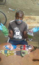 Mondkapje (handmade in Uganda)