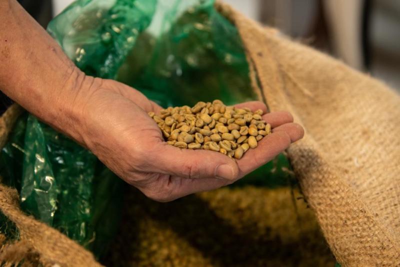 Geef groene koffie - halve baal