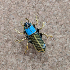 Cool Bananas - Broche Beetle