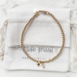 Mama armband goud met initiaal | Juul