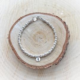 Mama armband met initiaal | Saar | Zilver