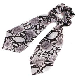 1 haarelastiek / Slangen print zwart - wit