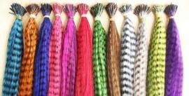 Synthetische feathers / Grizzly regenboog kleuren / 55 cm