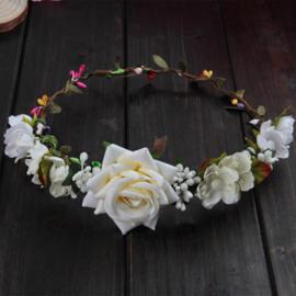 Haarband / Bloemenkrans - witte bloemen