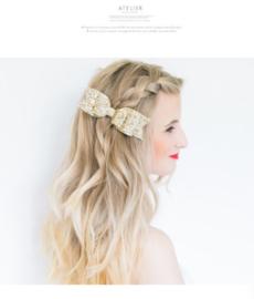 Haarspeld / Licht gouden glitter strik - Shiny winter sun