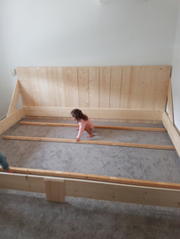 xl bed 2,7 m. breed