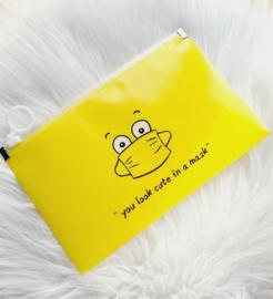 Beshermhoesje mondkapje geel