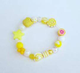 Armbandje Tess geel/wit