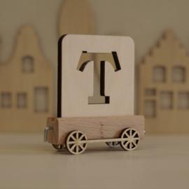 T | Houten lettertrein