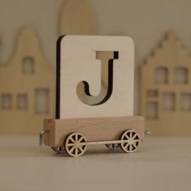 J | Houten lettertrein