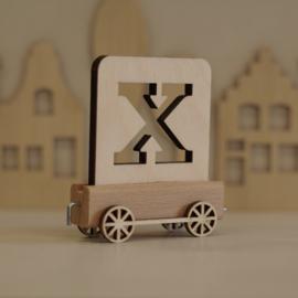 X | Houten lettertrein