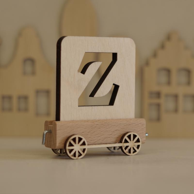 Z   Houten lettertrein