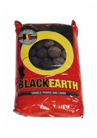 van den eynde black earth