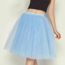 Lichtblauwe tule rok 60cm