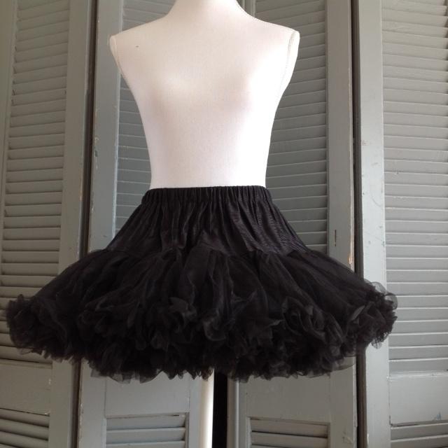 Korte petticoat zwart