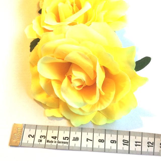 Bloemen haarband geel