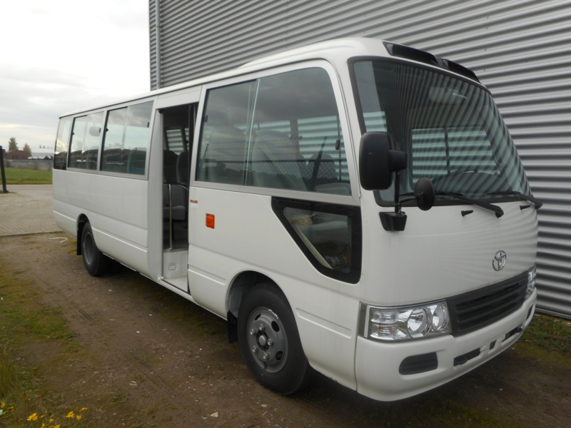 Toyota Coaster 4.2D High Roof M/T