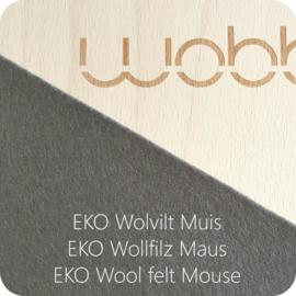 Wobbel - Original blank gelakt met vilt muis