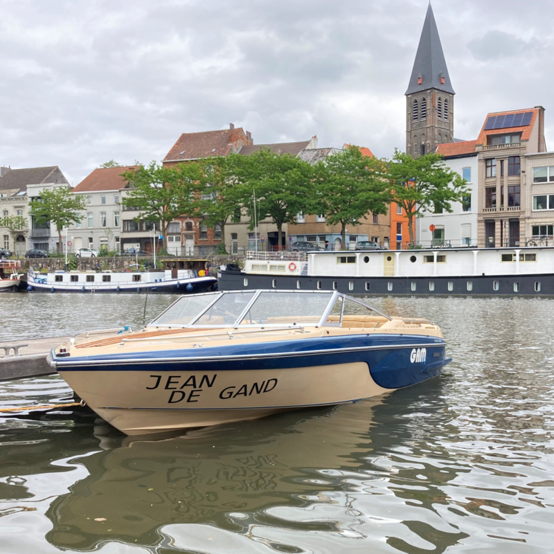 Bekerwinnaar: eigenaar Jean de Gand-boot