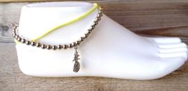 2 Love it Ananas - Enkelbandje - Anklet - Maat 24 - 31 cm - Verlengkettinkje - Metaal - Suede - Geel - Zilverkleurig