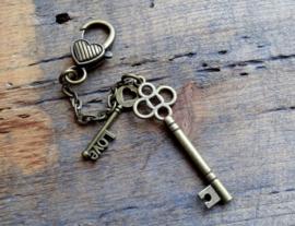 Hanger Key Love