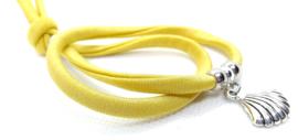 2 Love it Bella's Schelp - Armband - Elastisch stitched lint - 50 cm - Verstelbaar in maat - Geel - Goud - Zilverkleurig