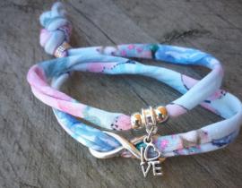 2 Love it Twin Infinity - Armband - Vriendschapsarmbandjes - Per 2 - Gerecycled textiel - 50 CM lang - Elastisch - Blauw - Groen - Roze - Wit - Zilverkleurig