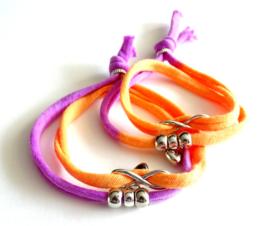 2 Love it Twin Infinity Power - Armband - Vriendschapsarmbandjes - Per 2 - Gerycycled textiel - 50 CM lang - Elastisch - Paars - Oranje - Zilverkleurig