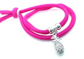 2 Love it Bella's FuchsiaPink - Armband - Elastisch stitched lint - 50 cm - Verstelbaar in maat - Roze - Zilverkleurig