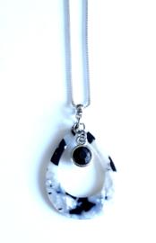 2 Love It Fine ZW - Ketting - Hanger - Metaal - Resin - Zirkonia - Lengte ketting 46 cm - Zwart - Wit - Zilverkleurig
