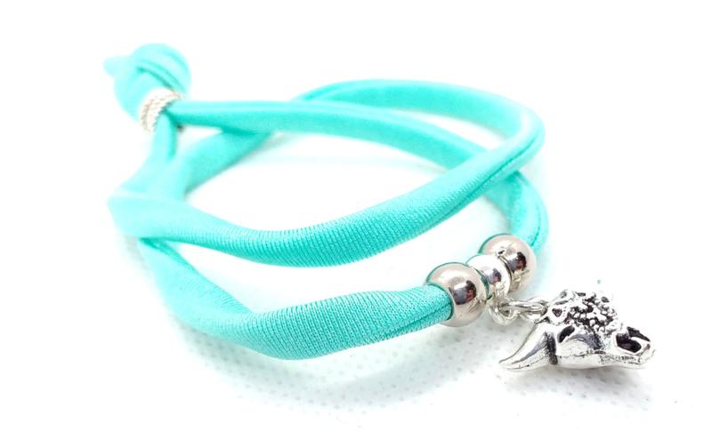 2 Love it Bella's TurquoiseGreen - Armband - Elastisch stitched lint - 50 cm - Verstelbaar in maat - Blauw - Groen - Zilverkleurig