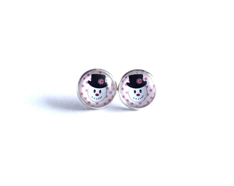 2 Love it Sneeuwman -  Oorbellen - Oorknopjes - Kerst - Metaal - 12 mm -  Rood - Roze - Wit - Zwart - Zilverkleurig