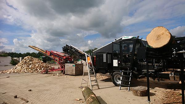 Sterhout zaag-kloofmachine 1