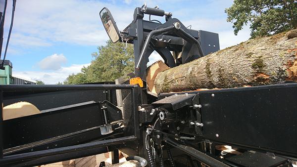 Sterhout zaag-kloofmachine 2