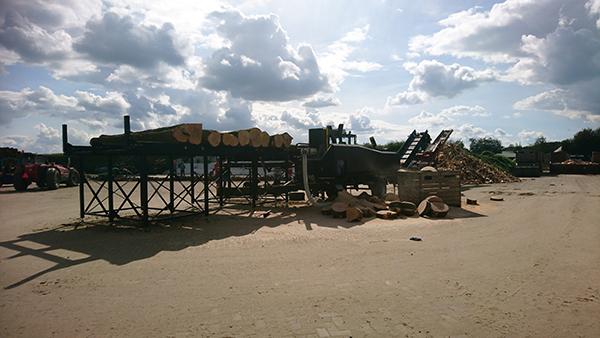 Sterhout zaag-kloofmachine 4