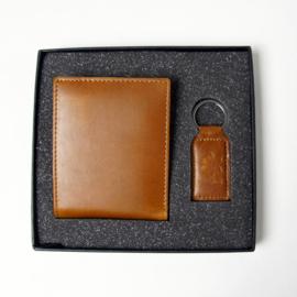 Portemonnee en sleutelhanger cadeauset - giftset 100% leder (licht bruin)