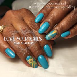 Elektrische en combi manicure cursus + verlenging op sjabloon, op woensdagen vanaf 16 oktober 2019