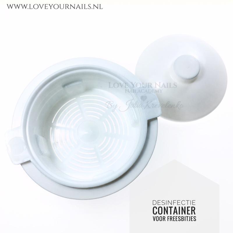 Desinfectie container voor freesbits
