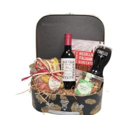 Italiaanse food producten in cadeau koffertje
