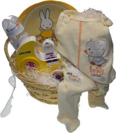Baby cadeaupakket in geel