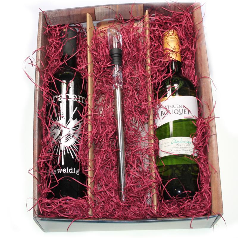 Wijngeschenk Coolerstick met Abraham of Sarah wijnfles
