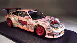 Porsche 911 996 GT3 RS Pink Sally 2004 - Minichamps