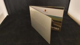 Porsche Panamera Turbo S Aluminium brochure 2011 - Mitarbeiter Tisch