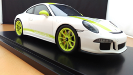 Porsche 911 (991 II) R 2016 - White with Acid Green