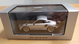 Porsche 911 (991.2) GT2 RS Weissach package - GT Argent