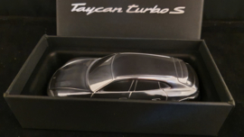 Porsche Taycan Cross Turismo Turbo S 2021 - Presse Papier