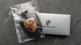 Porsche sleutelhanger met Porsche embleem - zwart