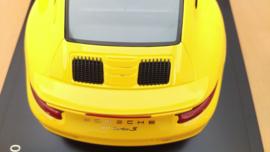 Porsche 911 (991 II) Turbo S - Racing Yellow
