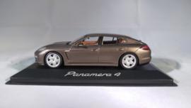 Porsche Panamera 4 - 2010