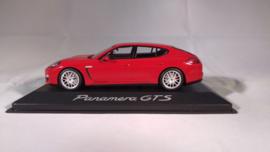 Porsche Panamera GTS - 2012